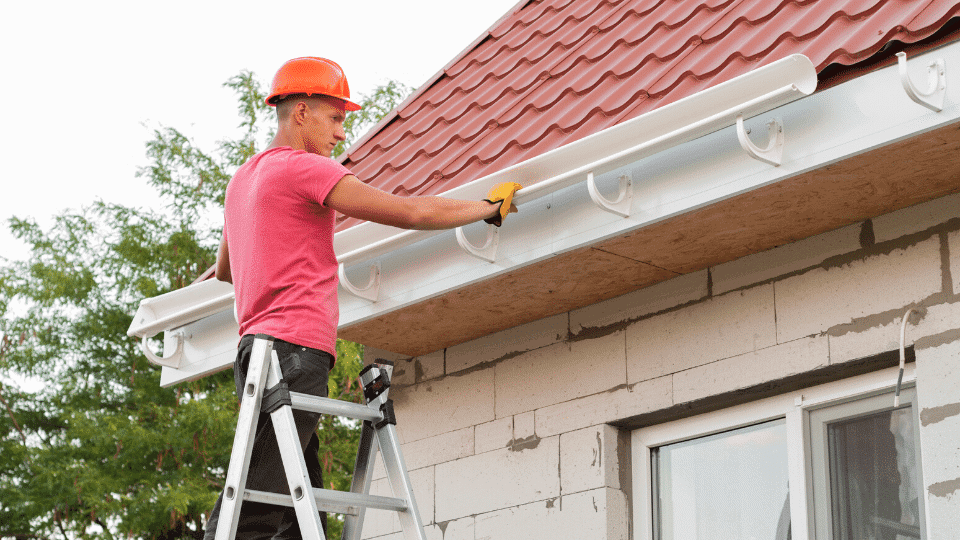Beginner mistakes to avoid gutters installation