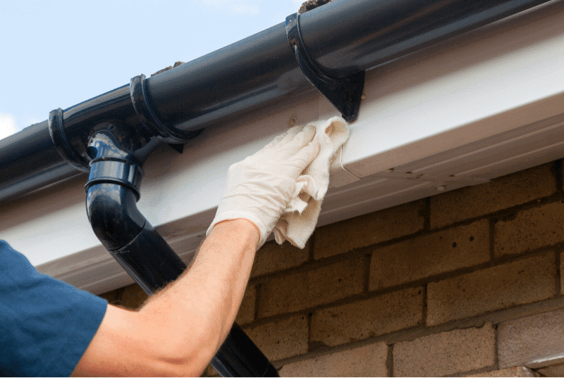 how to hang gutters with roof straps