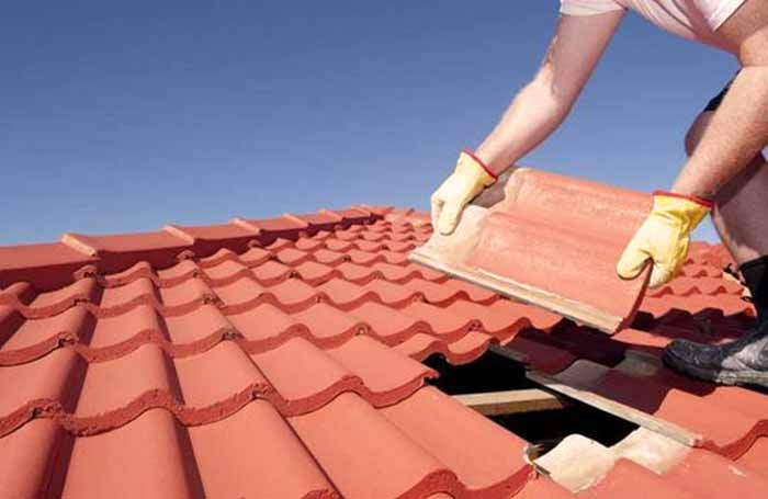 How To Replace A Roof Tile Diy Or Hire Professionals